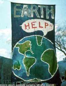 first-earth-day-1970_1366004188 earthday2013funphotos.com